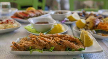 """Ουζερί """" Τα Φιλαράκια """"- Ταξίδι στην χώρα των θαλασσινών γεύσεων"""