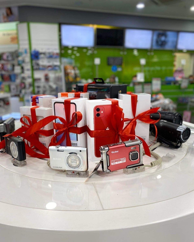 Electronet Β.Κ. Καζάνα: Ερωτευμένοι με τα Δώρα και τις Μεγάλες προσφορές!