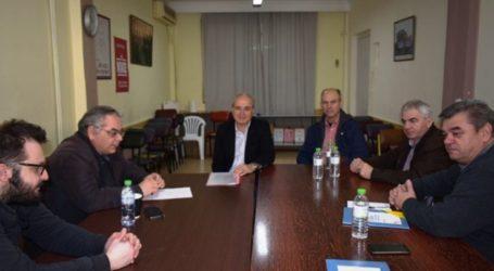 Συνάντηση Λαμπρούλη με εκπροσώπους του Συλλόγου Απόστρατων Αποφοίτων της ΣΤΥΑ Παράρτημα Λάρισας