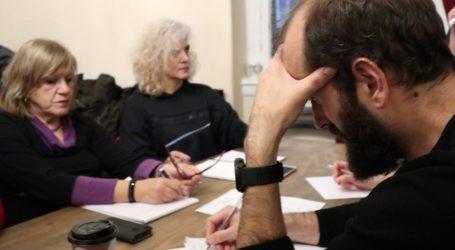 Άσε τα μίση. Πιάσε ένα bic… – Άσκηση στο τμήμα Δημιουργικής Γραφής στη Λάρισα (φωτο)