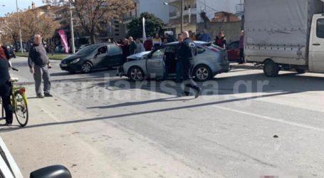 Σε κρίσιμη κατάσταση ο 62χρονος ταξιτζής που τραυματίστηκε χθες σε… παράδοξο τροχαίο στη Λάρισα