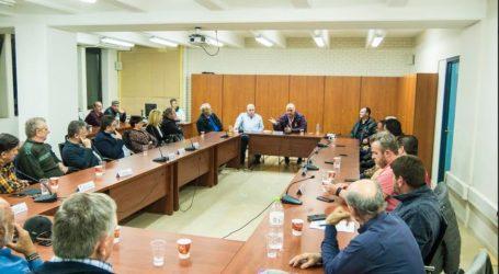 Σύσκεψη στη ΔΕΥΑΜΒ για το «καυτό» ζήτημα της άρδευσης στον Βόλο [εικόνες]