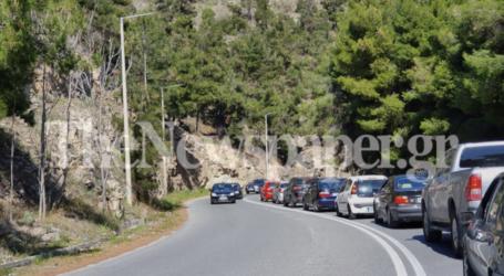 Βόλος: «Ουρές» αυτοκινήτων στον δρόμο για το Πήλιο -[εικόνες]