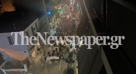 Βόλος: Πορεία στο κέντρο της πόλης υπέρ των προσφύγων [εικόνες]