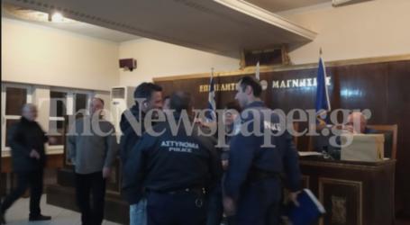 ΤΩΡΑ: Υπό καθεστώς σύλληψης ο Πρόεδρος του Επιμελητηρίου Μαγνησίας και τρία μέλη μετά από μήνυση Πλαστάρα [εικόνες]