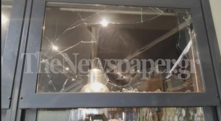 Βόλος: Έκαναν γυαλιά – καρφιά καφετέρια στον Βόλο χθες το βράδυ [εικόνες]