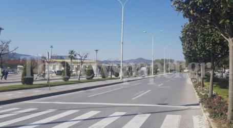 Σε καραντίνα ο Βόλος – Άδειοι οι δρόμοι [εικόνες]