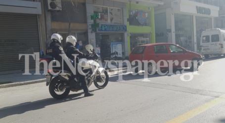 Βόλος: Ξεκίνησαν οι έλεγχοι σε όσους κυκλοφορούν στους δρόμους μετά την απαγόρευση