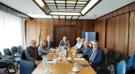 Με τους Συντονιστές των Αποκεντρωμένων Διοικήσεων της χώρας συναντήθηκε ο Π. Θεοδωρικάκος