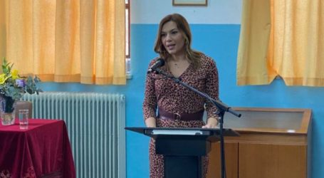 Στέλλα Μπίζιου: Όλοι οι Έλληνες μια γροθιά
