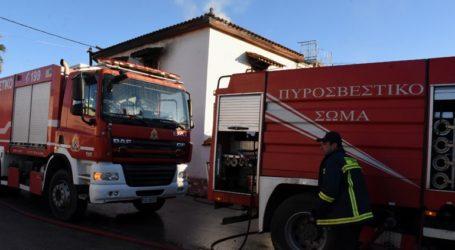 Πυρκαγιά κατέστρεψε ολοσχερώς αποθήκη ομάδας εθελοντών