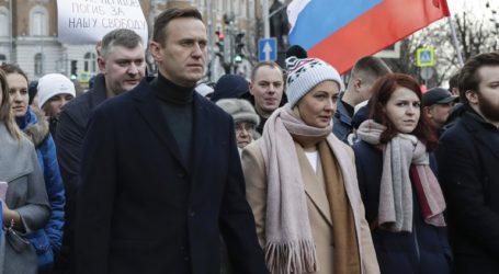 Το Κρεμλίνο μπλόκαρε τους τραπεζικούς λογαριασμούς του Ναβάλνι