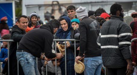 Επεισόδια στο λιμάνι Μυτιλήνης – Χιλιάδες μετανάστες ζητούν να φύγουν με το πλοίο