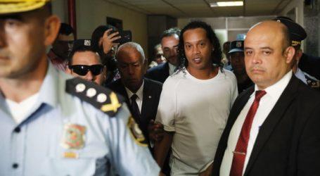 Συνελήφθη ο Ροναλντίνιο για απόπειρα εισόδου στη χώρα με πλαστό διαβατήριο