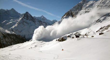Πέντε νεκροί από χιονοστιβάδα στην περιοχή Ντάχσταϊν