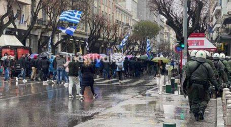Θεσσαλονίκη: Μία συγκέντρωση υπέρ και μία κατά των μεταναστών