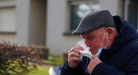 Οι Αρχές προτρέπουν τος ηλικιωμένους να συγκεντρώσουν αποθέματα προμηθειών