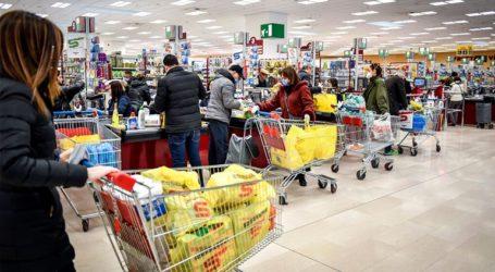 Επιδρομή στα σούπερ μάρκετ της Ρώμης και της Νάπολης έκαναν το βράδυ οι Ιταλοί