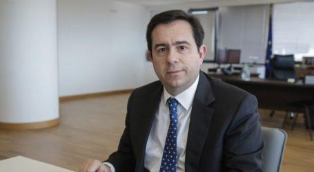Την ενοποίηση των διαδικασιών καταγραφής αιτήσεων ασύλου προανήγγειλε ο Μηταράκης