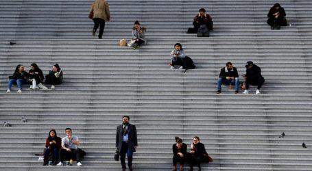 Η Γαλλία κλείνει καταστήματα, εστιατόρια και χώρους ψυχαγωγίας