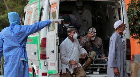 Η Ινδία κλείνει το Ταζ Μαχάλ