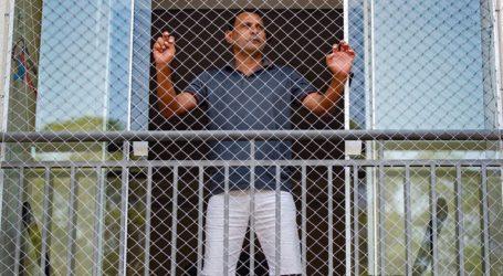 Μαζική απόδραση κρατουμένων από τις φυλακές μία ημέρα πριν εφαρμοστεί η αναστολή των αδειών