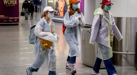 Το Ινστιτούτο Ρόμπερτ Κοχ προειδοποιεί για 10 εκατομμύρια κρούσματα στη χώρα