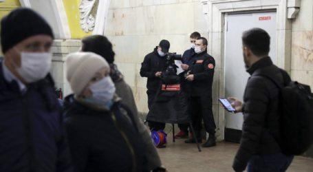 Οι Αρχές της Μόσχας συνιστούν στους πολίτες άνω των 60 ετών να μένουν στο σπίτι τους