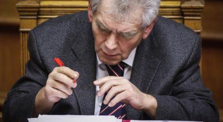 Στη Βουλή διαβιβάστηκε η μήνυση Μιωνή κατά Παπαγγελόπουλου