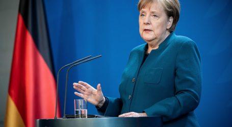 Η Γερμανία απαγορεύει συγκεντρώσεις άνω των δύο ατόμων