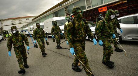 Στρατιώτες ανακάλυψαν πτώματα σε γηροκομεία που επλήγησαν από την επιδημία
