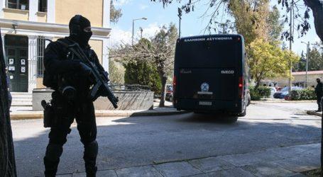 Αυτοί είναι οι 11 Κούρδοι που συνελήφθησαν για το οπλοστάσιο στα Σεπόλια