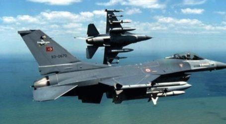 Ζεύγος τουρκικών F-16 πέταξε 2 φορές πάνω από τη Ρω