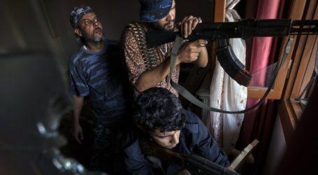 Μάχες ξέσπασαν χθες γύρω από την Τρίπολη