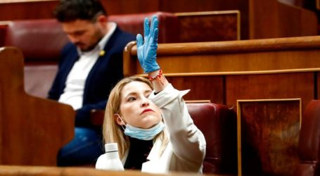 Το ισπανικό κοινοβούλιο υπερψηφίζει την παράταση της κατάστασης έκτακτης ανάγκης