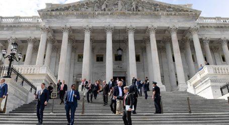 Η Βουλή των Αντιπροσώπων ενέκρινε το ιστορικό πακέτο στήριξης της αμερικανικής οικονομίας