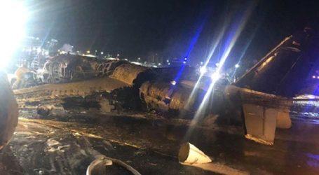 Οκτώ άνθρωποι σκοτώθηκαν όταν αεροσκάφος τυλίχθηκε στις φλόγες κατά την απογείωσή του από τη Μανίλα
