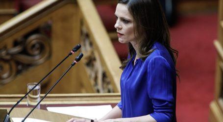«Επιμένει η κυβέρνηση στις απολύσεις και τις μειώσεις μισθών στο 50%»