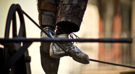 Ακροβάτες «εγκλωβίστηκαν» σε χωριό λόγω κορωνοϊού