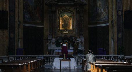 Θετικός στον κορωνοϊό καρδινάλιος της Ρώμης και 7 κληρικοί του Βατικανού