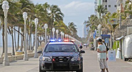 Χειροπέδες σε πάστορα της Φλόριντα που συνέχιζε να τελεί λειτουργίες