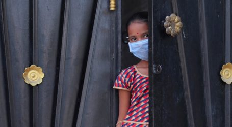 Χιλιάδες ανθρώπους που πέρασαν από ένα ισλαμικό κέντρο, εστία του κορωνοϊού, αναζητούν οι Αρχές