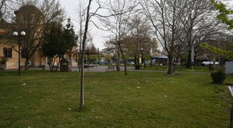 """""""Βουβή"""" Κυριακή και μια απόκοσμη ησυχία στη Λάρισα – Πλούσιο φωτορεπορτάζ από τις συνοικίες και το κέντρο"""