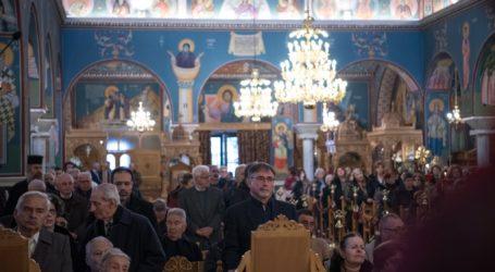 Βόλος: Γέμισαν τις εκκλησίες οι Βολιώτες παρά τον φόβο του κορωνοϊού