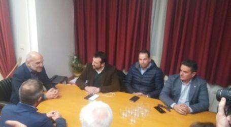 Με τον Δήμαρχο Αλμυρού συναντήθηκε ο τ. υπουργός Νίκος Παππάς