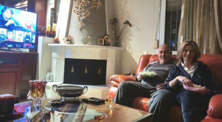 Μένει στο σπίτι και ο Δημήτρης Νασίκας