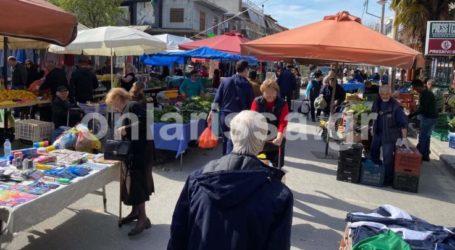 Δε βάζουμε μυαλό: Γεμάτη ηλικιωμένους η λαϊκή της Νεάπολης στη Λάρισα – Προβληματισμός στο δήμο Λαρισαίων (φωτό)