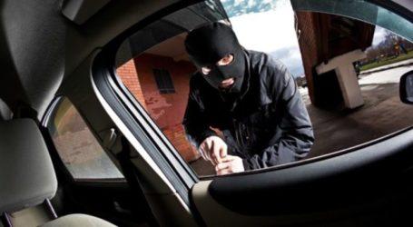 """Με χειροπέδες δύο στη Λάρισα – """"Άνοιξαν"""" αυτοκίνητο"""