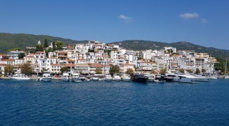 Αυστηρή απαγόρευση ακτοπλοϊκής σύνδεσης με τις Β. Σποράδες ζητούν οι τρεις δήμαρχοι
