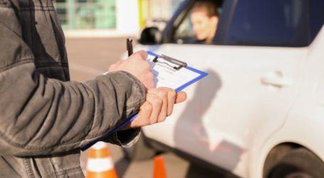 Κορωνοϊός: Τα πάνω – κάτω σε μαθήματα και εξετάσεις για δίπλωμα οδήγησης – Τι αλλάζει